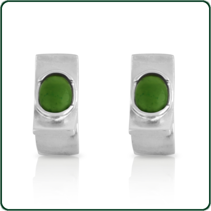 Elegant and attractive geometric silver studs featuring semiround green Jade centres.