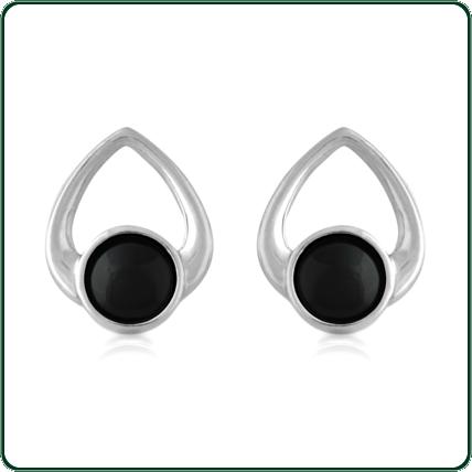 Looped hearts of silver hold delicate roundels of Jade in black.